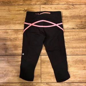 Lululemon Run Pace Crop Capri Black Pink Size 4